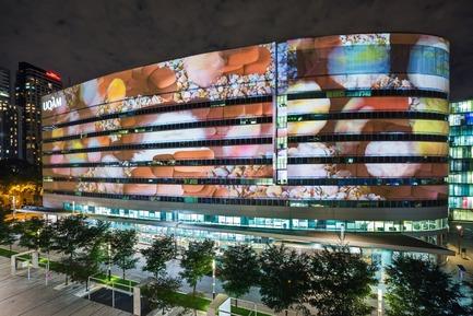 Press kit | 583-18 - Press release | KM3:A New Public Art Event in the Quartier des Spectacles - Quartier des spectacles Partnership - Event + Exhibition -  Manatavo - Bóglò glooïk  - Photo credit: Ulysse Lemerise_OSA Images