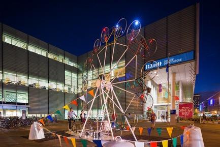 Press kit | 583-18 - Press release | KM3:A New Public Art Event in the Quartier des Spectacles - Quartier des spectacles Partnership - Event + Exhibition -   Alexandre Castonguay - Bike Wheel  - Photo credit: Ulysse Lemerise_OSA Images