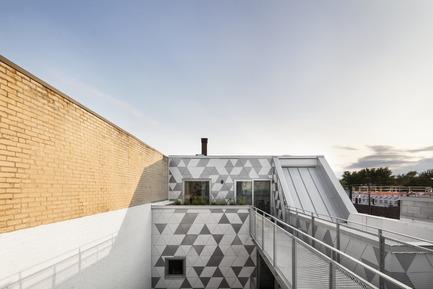 Dossier de presse | 1676-01 - Communiqué de presse | La Géode - ADHOC Architectes - Architecture résidentielle - Crédit photo : Adrien Williams