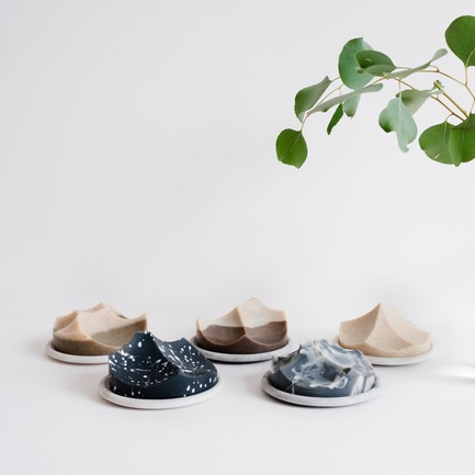 Dossier de presse | 2757-02 - Communiqué de presse | UMÉ Studio Launches Debut Collection of Objects for Everyday Living - UMÉ Studio - Produit - Erode Soap Summit Series - Crédit photo : UMÉ Studio