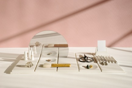 Dossier de presse | 2757-02 - Communiqué de presse | UMÉ Studio Launches Debut Collection of Objects for Everyday Living - UMÉ Studio - Produit - Salle de Bain Tray - L - Crédit photo : UMÉ Studio