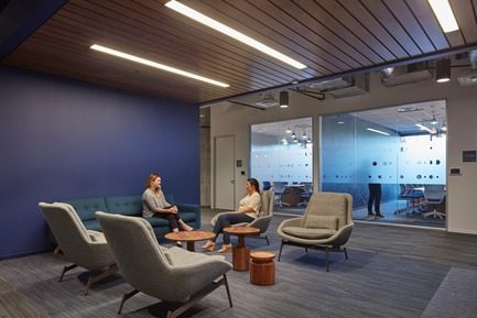Press kit | 2757-03 - Press release | HGA San Francisco Unveils RealPage Headquarters - HGASan Francisco - Commercial Architecture - The flexible, open plan supports RealPage's fast-growth strategy. - Photo credit: Benny Chan Photography