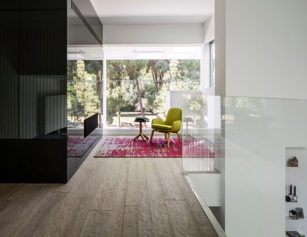 Press kit | 2949-01 - Press release | The Black Core House - Axelrod Architects - Residential Architecture - Photo credit: Amit Geron