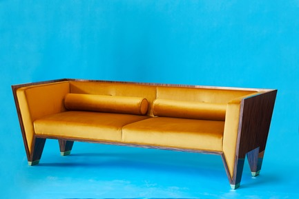 Press kit | 3029-01 - Press release | Designer Troy Smith Embodies the Spirit of Autotelic Art - Troy Smith Designs - Product - Wedge Sofa - Photo credit: Troy Smith