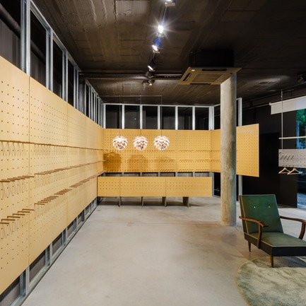 Press kit | 2216-02 - Press release | La boutique The Caveman - Tiago do Vale Architectes - Design d'intérieur commercial - Photo credit: João Morgado