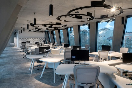 Dossier de presse | 3031-01 - Communiqué de presse | Microsoft House - DEGW/Lombardini22 - Commercial Architecture - Work Space - Crédit photo : Dario Tettamanzi