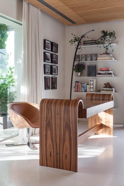 Press kit | 3039-01 - Press release | AQHApartment - Coletivo Arquitetos - Residential Interior Design - Home Office  - Photo credit: RuiTeixeira