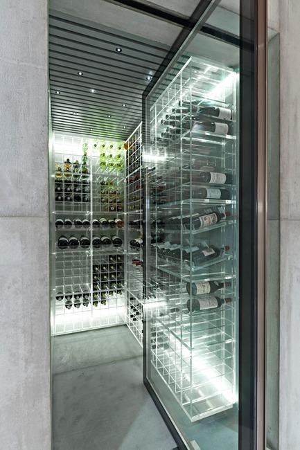 Press kit | 3039-01 - Press release | AQHApartment - Coletivo Arquitetos - Residential Interior Design - Wine Cellar  - Photo credit: RuiTeixeira