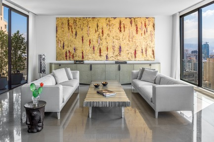 "Dossier de presse | 2769-03 - Communiqué de presse | Mallorca - Askdeco - Design d'intérieur résidentiel -  -Painting 600 x 300cm by Venezuelan artist Ramon Aular ""Room 1 collection"" made of global leaves and threads - 2014<br>-Sculptured center table by Lebanese artist/sculpturer Anachar Basbous made of Aluminum&nbsp;<br>-Sofas Maxalto designed by Antonio Citterio<br>-Sideboard custom designed by Askdeco 2014<br>-Cactus Murano Glass vase with red Peony&nbsp;Vetreria Morasso-&nbsp;It was entirely handcrafted using glass blowing techniques developed by Bruno Morasso and Davide Zanella - Crédit photo : Alex Jeffries&nbsp;"