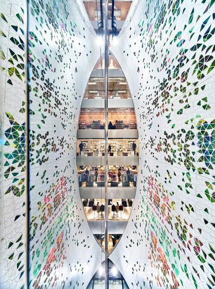 Press kit | 3069-01 - Press release | Printemps Haussmann Verticalité - UUfie - Commercial Architecture - View from 6th floor - Photo credit: Michel Denance<br><br>