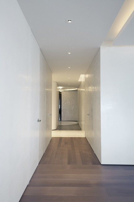 Dossier de presse | 3082-01 - Communiqué de presse | S Residence - YUUKI KITADA ARCHITECT - Residential Interior Design - Hall Way - Crédit photo : Yuuki Kitada