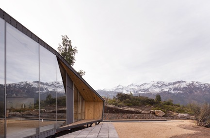 Press kit | 3093-01 - Press release | Mountaineer's Refuge - Gonzalo Iturriaga Arquitectos - Residential Architecture - Photo credit: Federico Cairoli