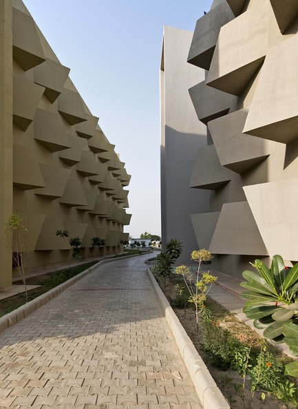 Press kit | 1432-03 - Press release | The Street - Sanjay Puri Architects - Institutional Architecture - Photo credit: Dinesh Mehta