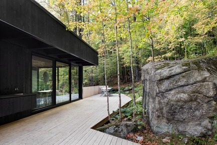 Press kit | 1198-02 - Press release | The Rock - ATELIER GÉNÉRAL architecture - Residential Architecture - Photo credit: Adrien Williams