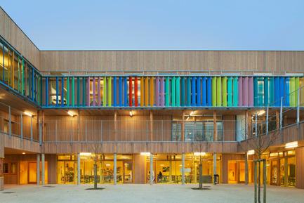 Press kit | 1065-01 - Press release | School complex Pasteur - r2k architectes - Institutional Architecture - Photo credit: Jussi Tiainen