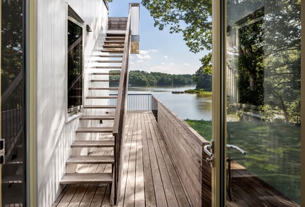 Press kit | 2875-04 - Press release | Deep Point Road House - BFDO Architects - Residential Architecture - Photo credit: Francis Dzikowski/OTTO