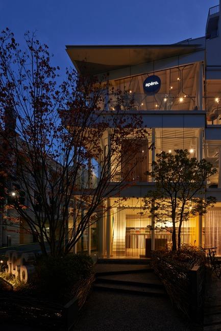 Dossier de presse | 3153-01 - Communiqué de presse | Green Triangle – Aoyama 346 - Ryuichi Sasaki + Rieko Okumura/ Sasaki Architecture - Architecture commerciale - Crédit photo : Ryota Atarashi