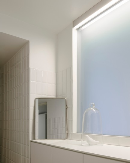 Press kit | 2926-01 - Press release | GOM House - (ma!ca) architecture - Residential Architecture - bathroom and light - Photo credit: Julien Kerdraon