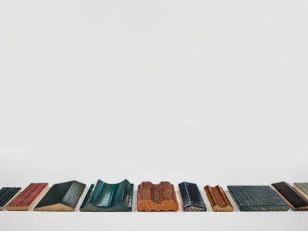 Dossier de presse | 2506-03 - Communiqué de presse | L'art d'habiller - AGROB BUCHTAL - Design d'intérieur commercial - Lagamme CRAFT, profilé different - Crédit photo : AGROB BUCHTAL GmbH / Marcus Rebmann