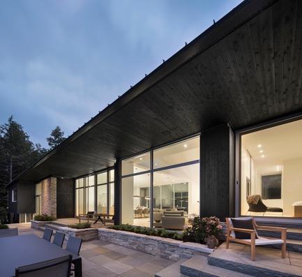 Dossier de presse | 880-12 - Communiqué de presse | Résidence L'Effilée - MU Architecture - Architecture résidentielle - Crédit photo : Stephane Groleau