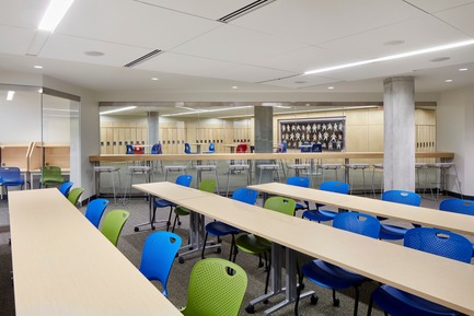 Press kit | 2681-01 - Press release | The Greenwood College School Expansion - Montgomery Sisam Architects Inc. - Institutional Architecture - Learning Resource Commons - Photo credit: Michael Van Leur