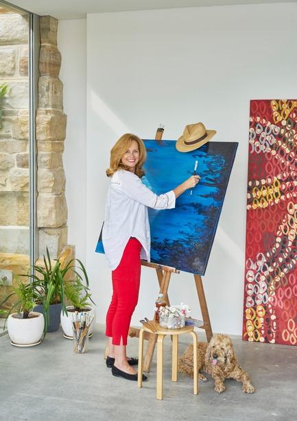 Press kit | 3004-01 - Press release | Maybanke - AJ+C - Residential Architecture - Naomi  Simon, owner of Maybanke, is an Australian Entrepreneur, Author, Speaker, LinkedIn  influencer and Shark on Shark Tank TV show. She enjoys painting in her Artist Studio.<br> - Photo credit: Michael Nicholson<br>