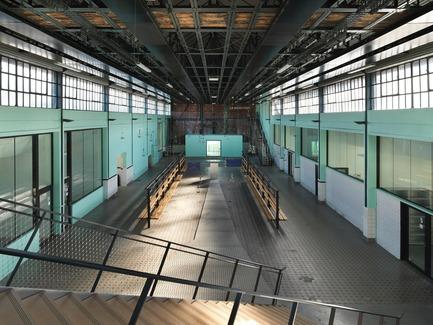 "Press kit | 972-05 - Press release | 9-9 bis Transformation of a Former Mine Site Into a Cultural Complex - Hérault Arnod Architectures - Institutional Architecture -          ""Salle des pendus"" complex&nbsp; <br>   - Photo credit: André Morin"