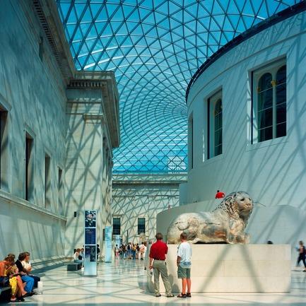 Press kit | 748-33 - Press release | Pour les gens - Pour la Terre : Foster + Partners : exposition sur des précurseurs de l'architecture écoresponsable au Centre de design de l'UQAM - Centre de design de l'UQAM - Évènement + Exposition - 2000 - British Museum, Londres, Angleterre - Photo credit: Foster + Partners