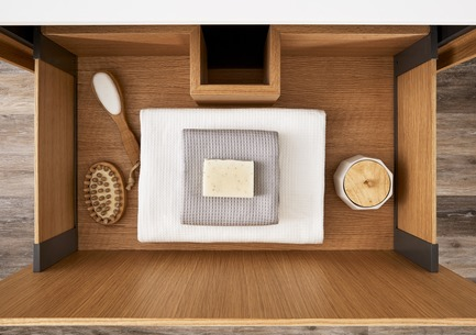 Press kit | 2342-02 - Press release | Introducing Déco Collection - WETSTYLE - Product -  Déco drawer interiors. Wood fnish: Oak natural.   - Photo credit: WETSTYLE