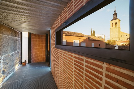 Press kit | 3144-01 - Press release | Redevelopment of a Former Hayloft - OOIIO Architecture - Residential Architecture - Photo credit: OOIIO Arquitectura, josefotoinmo