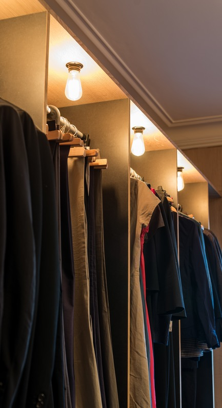Press kit | 2180-02 - Press release | L'hôtel de Bethmann - Martins | Afonso atelier de design - Residential Interior Design - Dressing room<br> - Photo credit: Mickaël Martins Afonso