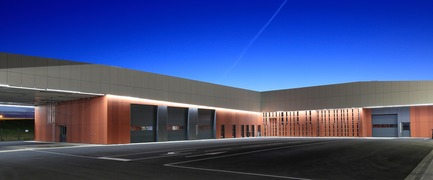 Press kit | 921-12 - Press release | Centre Technique Municipal de Blagnac - NBJ architectes - Industrial Architecture - Technical Center of Blagnac - Photo credit:  photoarchitecture.com/PaulKozlowski