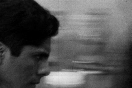 Press kit | 701-09 - Press release | Lynne Cohen, Laurent Grasso et Tino Sehgal - Musée d'art contemporain de Montréal (MAC) - Évènement + Exposition - 4000 Disparos, 2010Jonathas de AndradeAvec l'aimable permission de la galerie Vermelho, São Paulo