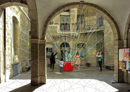Press kit | 982-40 - Press release | Festival des Architectures Vives 2018 - Association Champ Libre - Festival des Architectures Vives (FAV) - Évènement + Exposition - Black network - Photo credit: Aude Lise Garcia, Jordan Llanos et Valentin Sambardy<br>