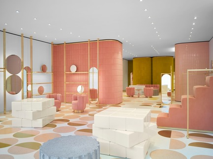 Dossier de presse | 3160-02 - Communiqué de presse | Frame Awards 2018 Winners Announced In Amsterdam - Frame - Design d'intérieur commercial - India Mahdavi - Jury Prize for Single-brand Store of the Year - Red Valentino Sloane Street, London <br> - Crédit photo : Derek Hudson<br><br>