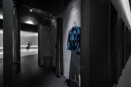 Dossier de presse | 2264-07 - Communiqué de presse | Jian Li Ju Theatre - More Design Office (MDO) - Commercial Interior Design - Changing Space.  - Crédit photo :  Dirk Weiblen