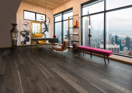 Press kit | 1639-08 - Press release | Mirage Introduces Five New Colors: Four to Sweet Memories Collection and One to Flair Collection - Mirage Hardwood Floors - Product - Lunar Eclipse - Flair Collection - Photo credit: Mirage Hardwood Floors