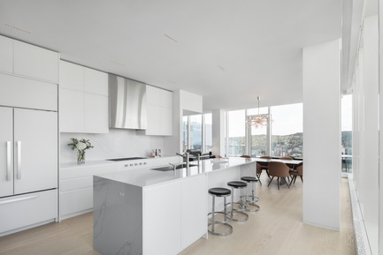 Press kit | 625-16 - Press release | Belvedere - Desjardins Bherer - Residential Interior Design - Belvedere - kitchen - Photo credit: Adrien Williams