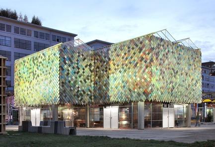 Dossier de presse | 3293-01 - Communiqué de presse | People's Pavilion - 100% Borrowed - bureau SLA & OvertredersW - Urban Design - Crédit photo : Filip Dujardin