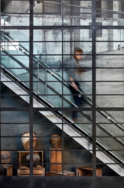 Press kit | 1359-01 - Press release | Waterworks Presentation Centre - Cecconi Simone - Commercial Interior Design - Photo credit: Shai Gil