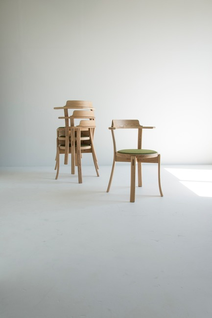 Press kit | 2998-02 - Press release | Conde House Celebrates 50 Years of Fine Furniture Craftsmanship - Conde House - Product - Darby Chair - Photo credit: Conde House