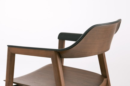 Press kit | 2998-02 - Press release | Conde House Celebrates 50 Years of Fine Furniture Craftsmanship - Conde House - Product -  TEN Chair Wood Back - Photo credit: Conde House