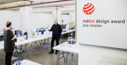 Dossier de presse | 1696-21 - Communiqué de presse | The Winners of the Red Dot Award: Product Design 2018 Have Been Chosen - Red Dot Design Award - Concours - During the jury session, 39 experts assessed the design quality of the entered products<br> - Crédit photo : Red Dot<br>