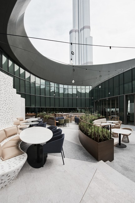 Dossier de presse | 2887-02 - Communiqué de presse | Sean Connolly at Dubai Opera - Alexander &CO. - Design d'intérieur commercial - Crédit photo : Brooke Holm