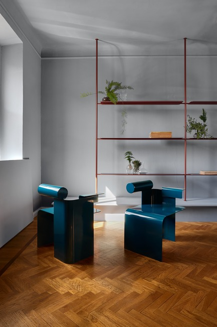 Press kit | 3311-01 - Press release | In Toto X Montréal a Milano ...Resonating the soul of a city - In Toto - Event + Exhibition - Atelier Zebulon Perron (chairs) - Foraine by Atelier Barda (shelving) - Photo credit:         Alex Lesage (Threefold Agency)