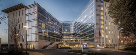 Press kit | 1456-02 - Press release | Shared Identity:CannonDesign's David Polzin Weighs in on the Importance of Communal Context - CannonDesign - Commercial Architecture - KOC University Health Sciences Campus - Photo credit: Yercekim Architectural Photography