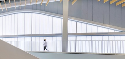 Press kit | 1456-02 - Press release | Shared Identity:CannonDesign's David Polzin Weighs in on the Importance of Communal Context - CannonDesign - Commercial Architecture - Maryland Heights Community Recreation Center - Interior Running Track - Photo credit: Gayle Babcock