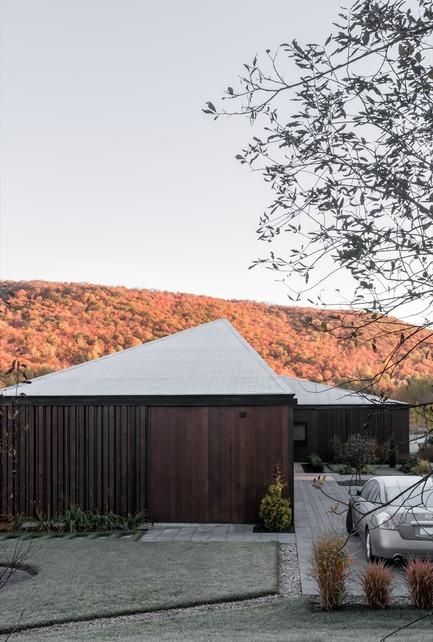 Press kit | 721-08 - Press release | Vallée du Parc Residence - Chevalier Morales architectes - Residential Architecture - Photo credit: Chevalier Morales Architectes