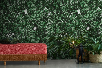 Press kit | 3279-02 - Press release | FEATHR Launches New Wallpaper Collection Featuring the Remarkable Landscape Paintings of Tamara Piilola - FEATHR - Residential Interior Design - The Most Beautiful Things Hide wallpaper by Tamara Piilola for FEATHR - Photo credit: 79berlin/FEATHR.com