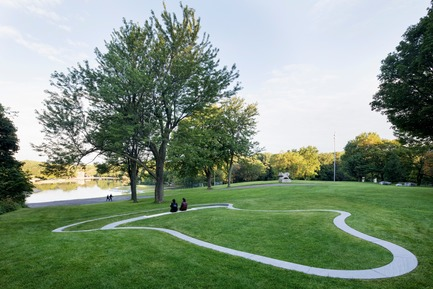 Press kit | 2366-03 - Press release | Le projet montréalais Escales découvertes se distingue à l'international - civiliti avec Julie Margot design - Landscape Architecture - Halt located close to recreational area around Beaver Lake<br> - Photo credit: Adrien Williams